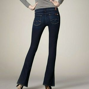 7FAM KAYLIE stretchy flare dark wash size 28